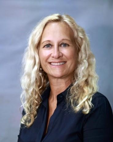 Debra Calhoun
